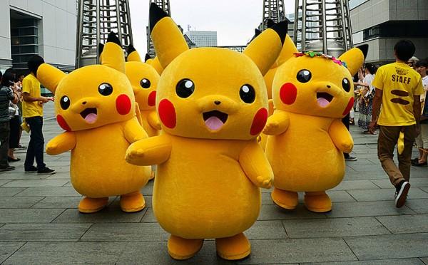 Ataka-pokemonov-kak-dopolnennaya-realnost-iz-igry-Pokemon-GO